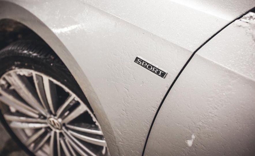 2014 Volkswagen Passat Sport 1.8T - Slide 14