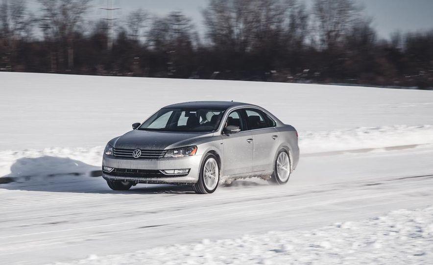 2014 Volkswagen Passat Sport 1.8T - Slide 3
