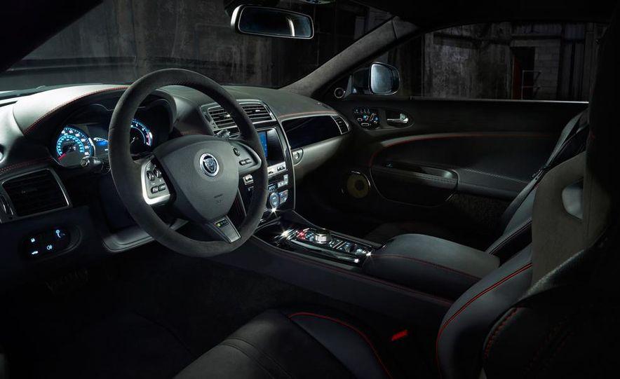 2012 Jaguar XKR-S convertible - Slide 36