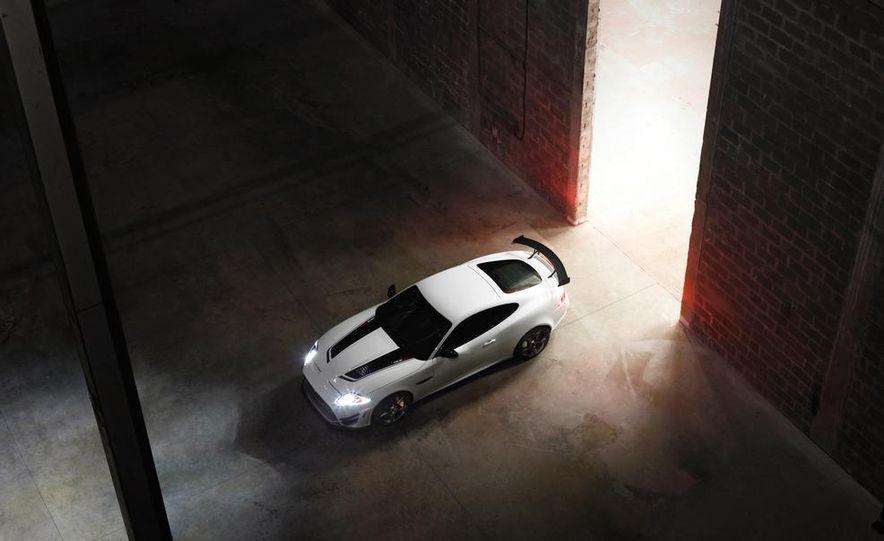 2012 Jaguar XKR-S convertible - Slide 29