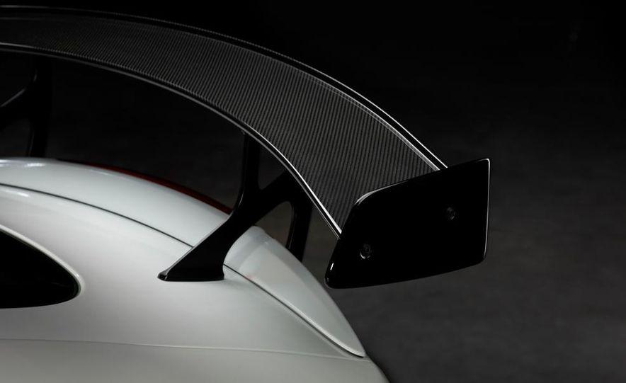 2012 Jaguar XKR-S convertible - Slide 35