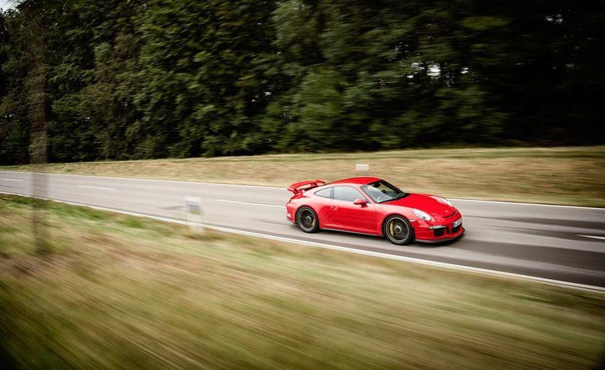 2014 Porsche 911 GT3 - Slide 4