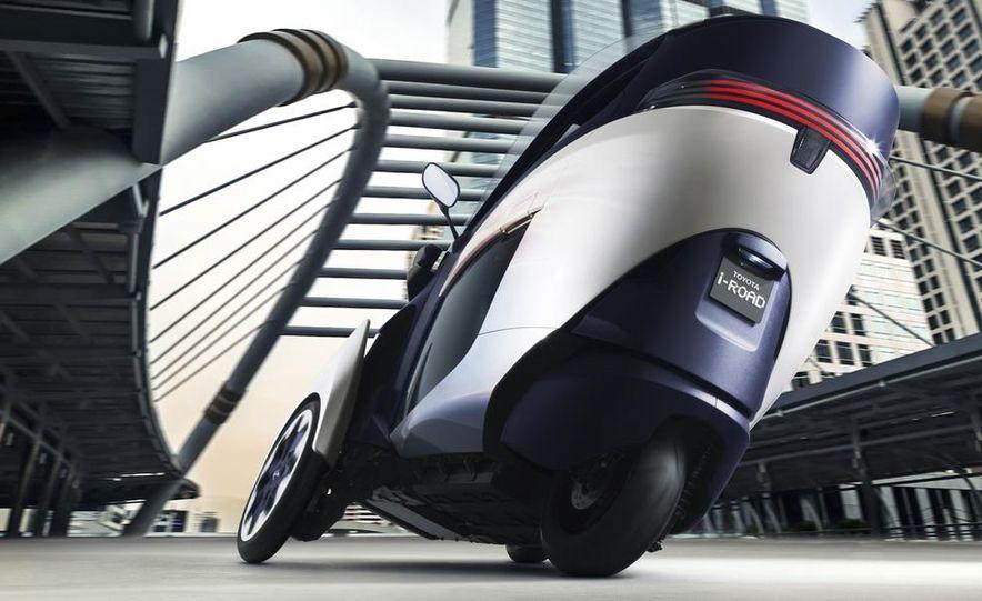 Toyota i-ROAD concept - Slide 4