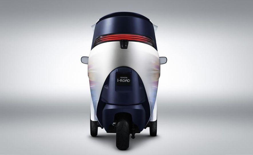 Toyota i-ROAD concept - Slide 5