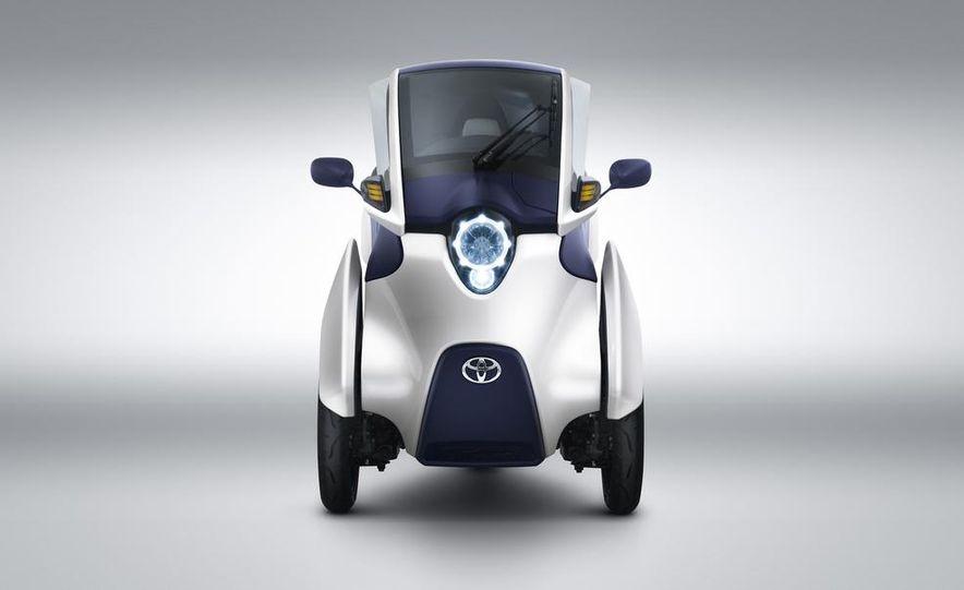 Toyota i-ROAD concept - Slide 9
