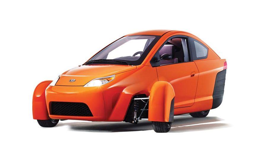 Paul Elio with the Elio Motors 3-wheeled prototype - Slide 6