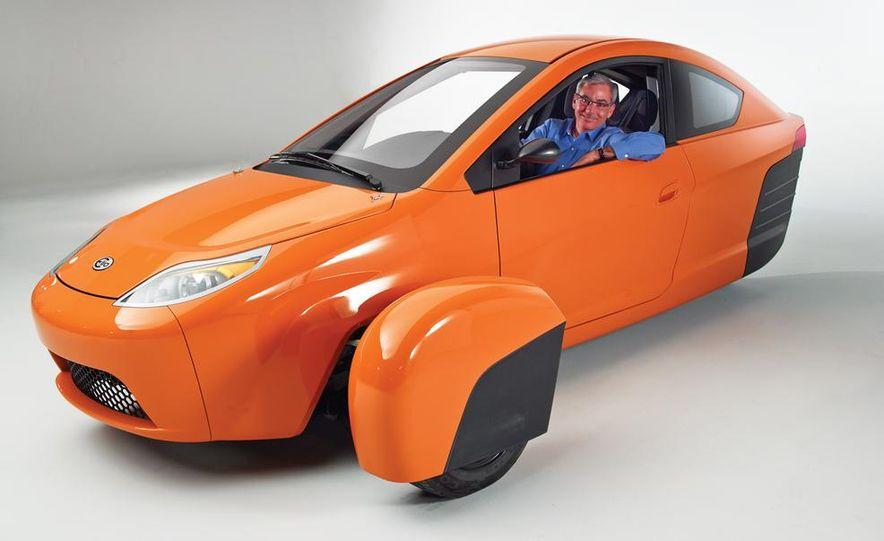 Paul Elio with the Elio Motors 3-wheeled prototype - Slide 5