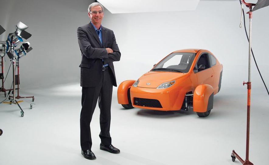 Paul Elio with the Elio Motors 3-wheeled prototype - Slide 1
