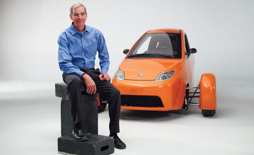 Paul Elio with the Elio Motors 3-wheeled prototype - Slide 2