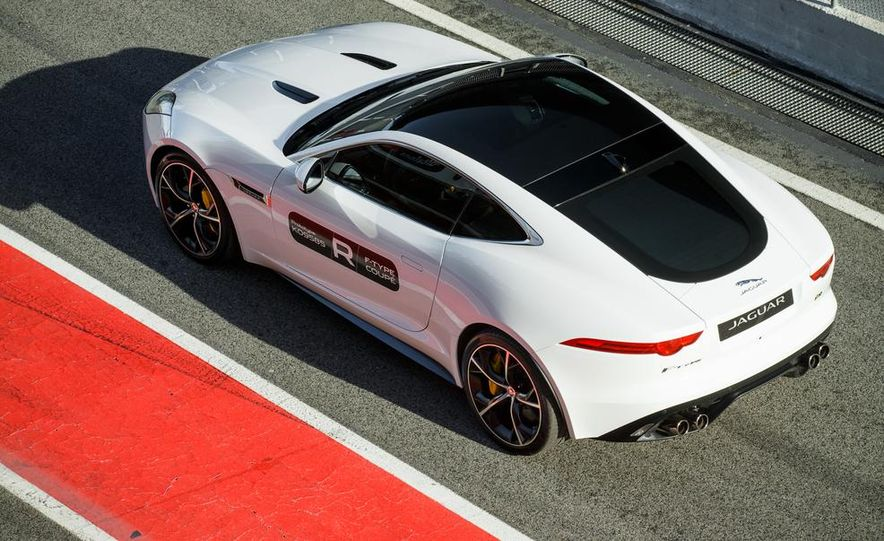 2015 Jaguar F-Type R coupe - Slide 32
