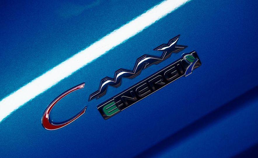 2013 Ford C-Max Energi Plug-In Hybrid - Slide 17