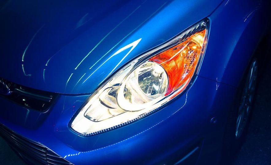2013 Ford C-Max Energi Plug-In Hybrid - Slide 18