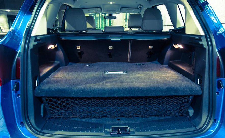 2013 Ford C-Max Energi Plug-In Hybrid - Slide 29