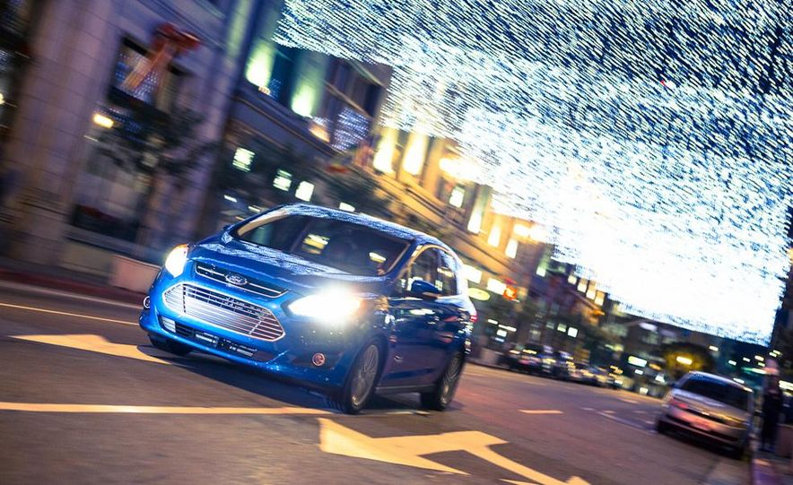 2013 Ford C-Max Energi Plug-In Hybrid - Slide 4