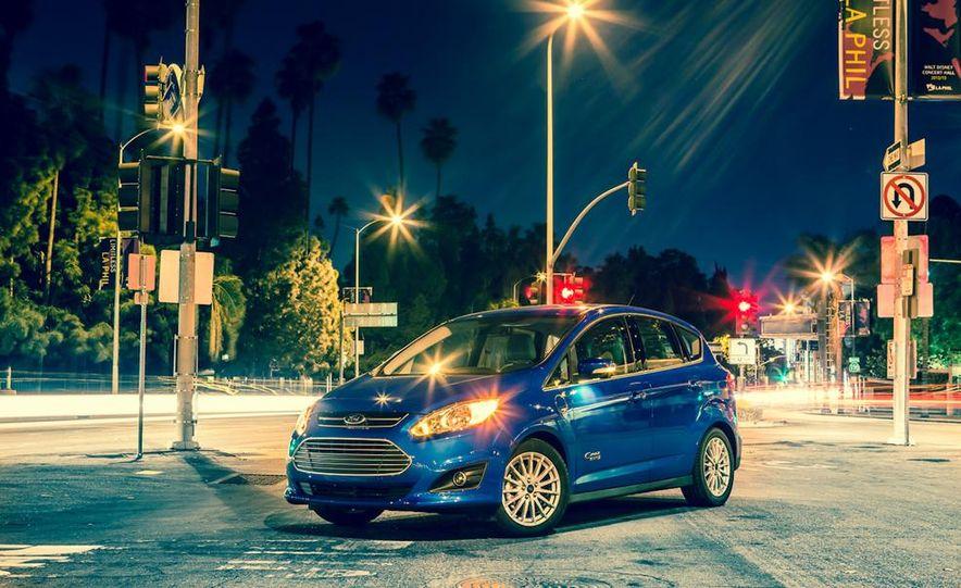 2013 Ford C-Max Energi Plug-In Hybrid - Slide 6