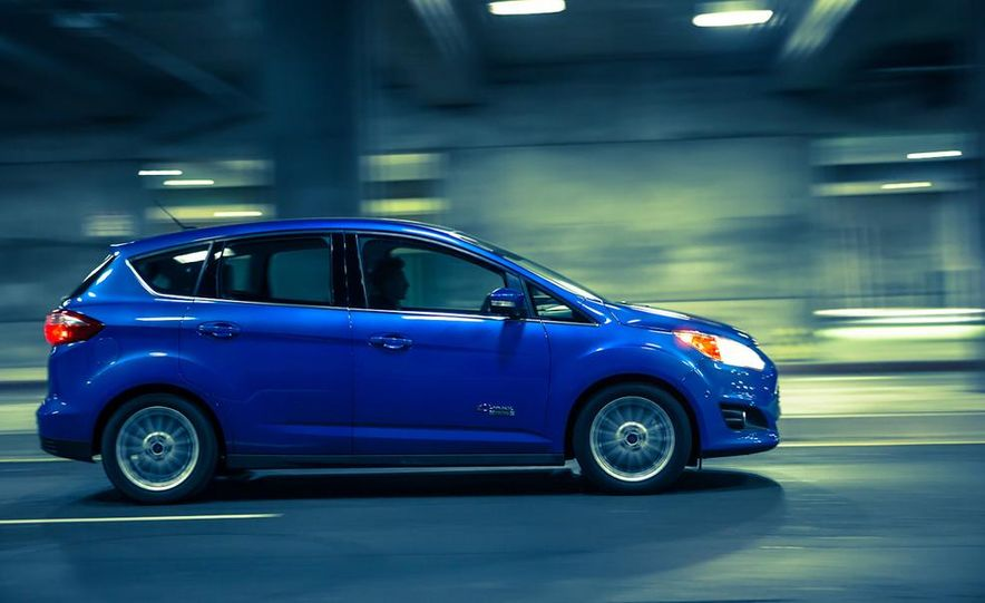 2013 Ford C-Max Energi Plug-In Hybrid - Slide 8