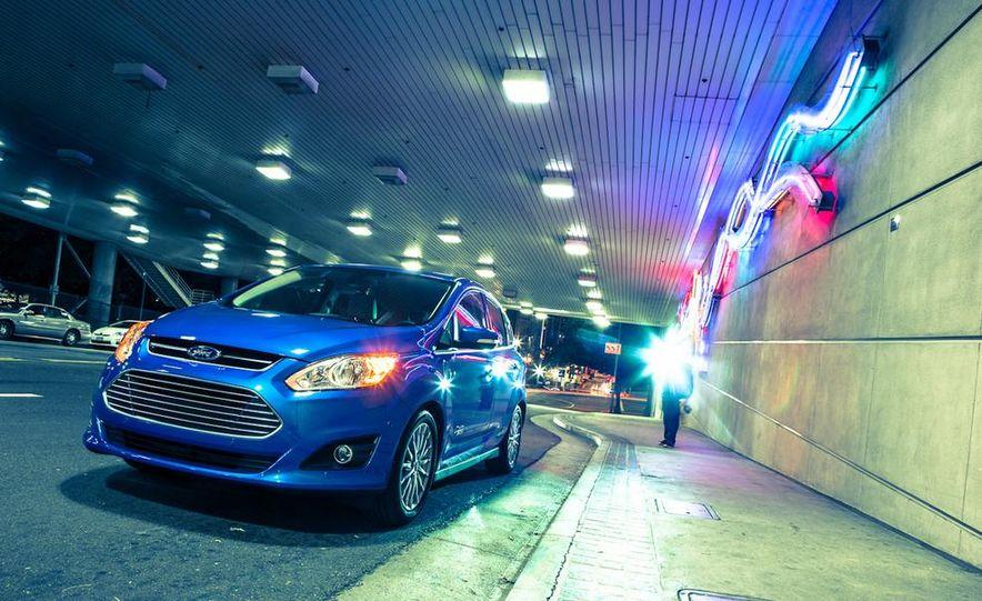 2013 Ford C-Max Energi Plug-In Hybrid - Slide 10