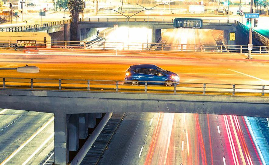 2013 Ford C-Max Energi Plug-In Hybrid - Slide 16