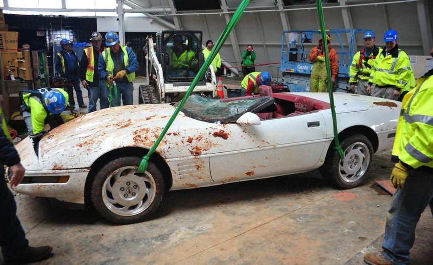 """2009 Chevrolet Corvette """"1.5 millionth Corvette"""" - Slide 49"""