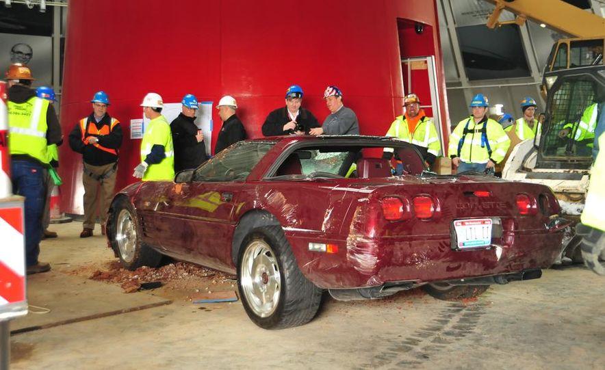 """2009 Chevrolet Corvette """"1.5 millionth Corvette"""" - Slide 35"""
