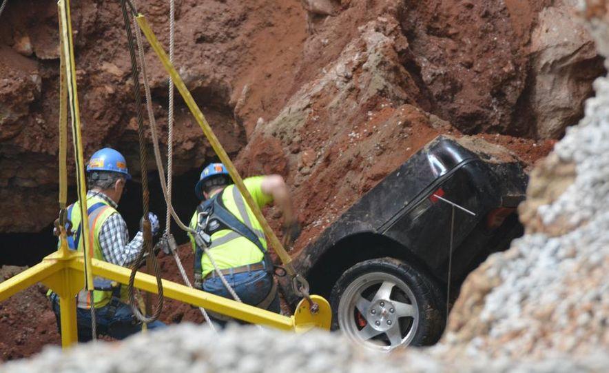 """2009 Chevrolet Corvette """"1.5 millionth Corvette"""" - Slide 8"""