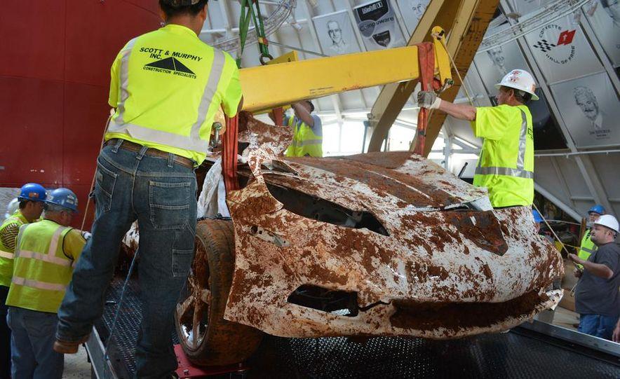 """2009 Chevrolet Corvette """"1.5 millionth Corvette"""" - Slide 5"""