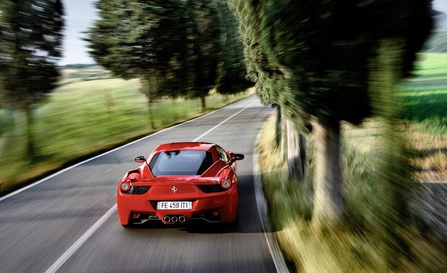 2015 Jaguar F-Type R coupe - Slide 23