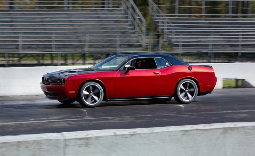 2014 Dodge Challenger R/T with Scat package and 2014 Dodge Charger R/T with Scat package - Slide 12