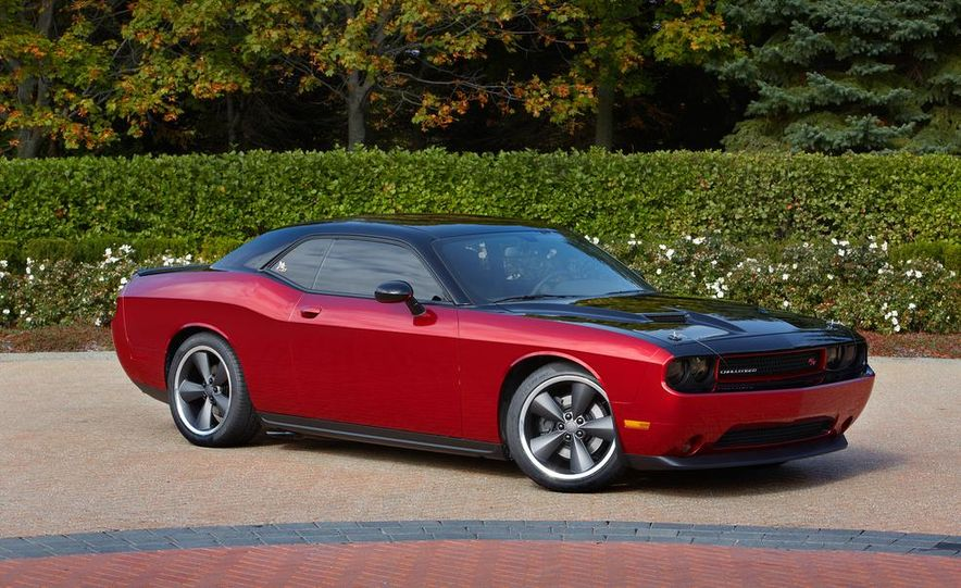 2014 Dodge Challenger R/T with Scat package and 2014 Dodge Charger R/T with Scat package - Slide 13