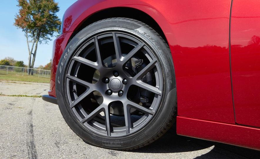 2014 Dodge Challenger R/T with Scat package and 2014 Dodge Charger R/T with Scat package - Slide 7
