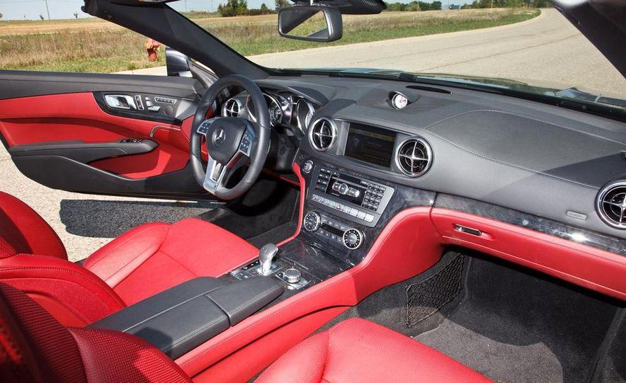 Mercedes-Benz SL400 - Slide 18