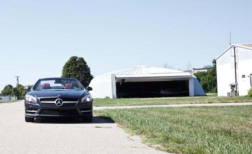 Mercedes-Benz SL400 - Slide 7