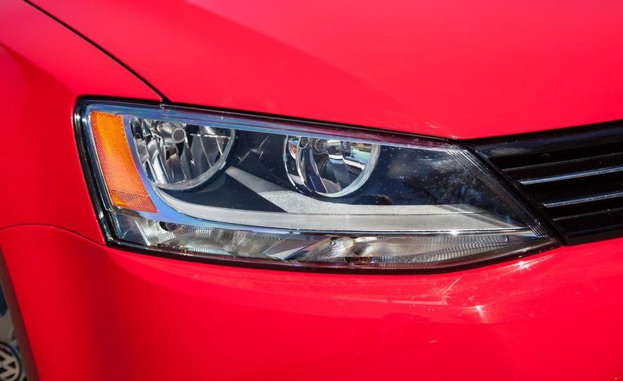2014 Volkswagen Jetta 1.8T SE - Slide 12