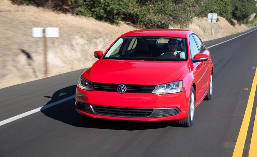 2014 Volkswagen Jetta 1.8T SE - Slide 2