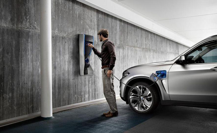 BMW Concept X5 eDrive - Slide 13