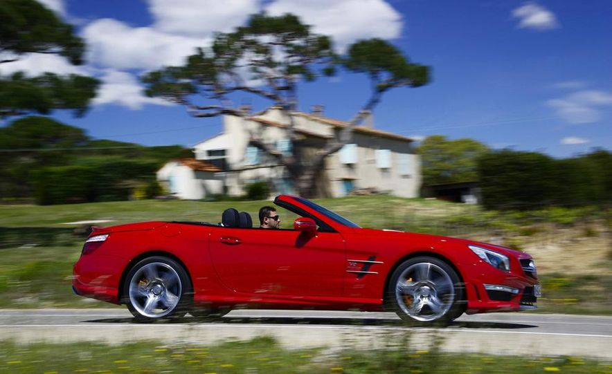 2013 Mercedes-Benz SL63 AMG - Slide 4