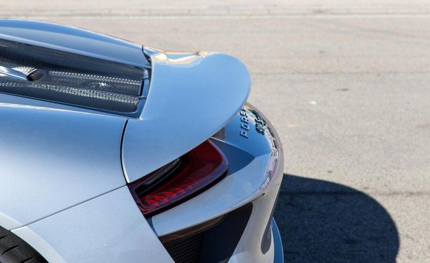 2015 Porsche 918 Spyder - Slide 14
