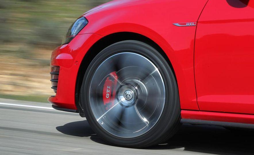2015 Volkswagen GTI 3-door - Slide 20