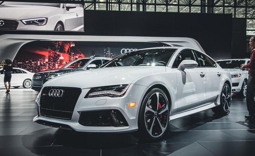 2015 Audi RS7 Dynamic Edition - Slide 1