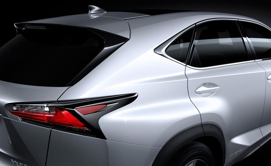 2015 Lexus NX200t F Sport - Slide 25