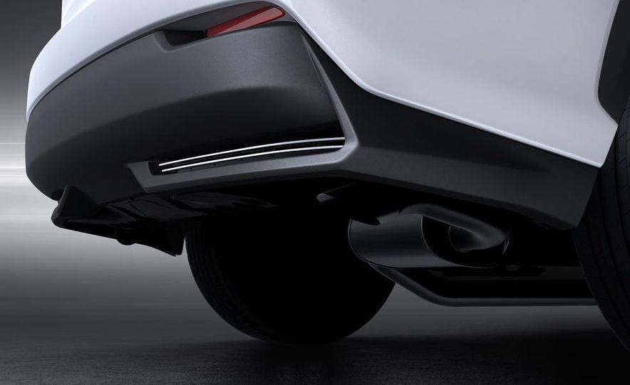 2015 Lexus NX200t F Sport - Slide 27