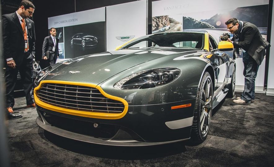 2015 Aston Martin V-8 Vantage GT - Slide 3