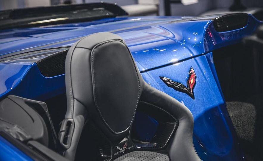 2015 Aston Martin V-8 Vantage GT - Slide 15