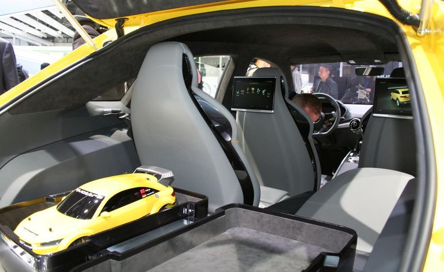 Audi TT Offroad concept - Slide 11