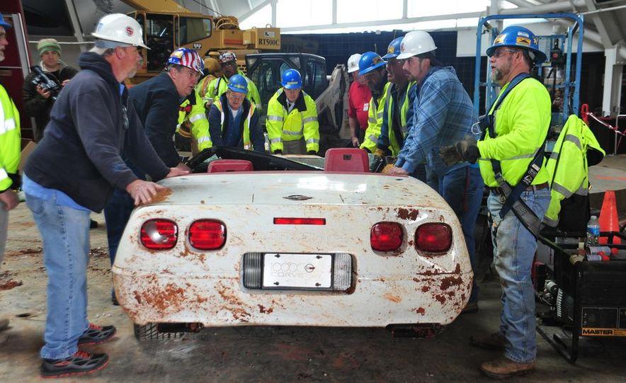 "2009 Chevrolet Corvette ZR-1 ""Blue Devil"" Prototype, 1993 40th Anniversary coupe, 1962 Corvette, and 1992 One Millionth Corvette - Slide 57"