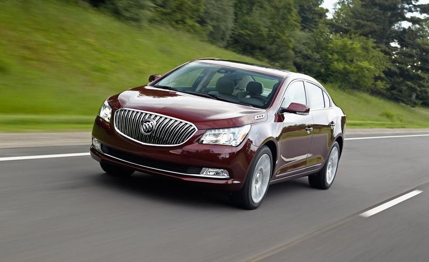 2014 Buick LaCrosse with the Ultra Luxury Interior Package - Slide 5