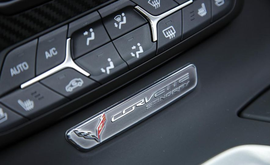 2015 Chevrolet Corvette Stingray Pacific edition coupe - Slide 27