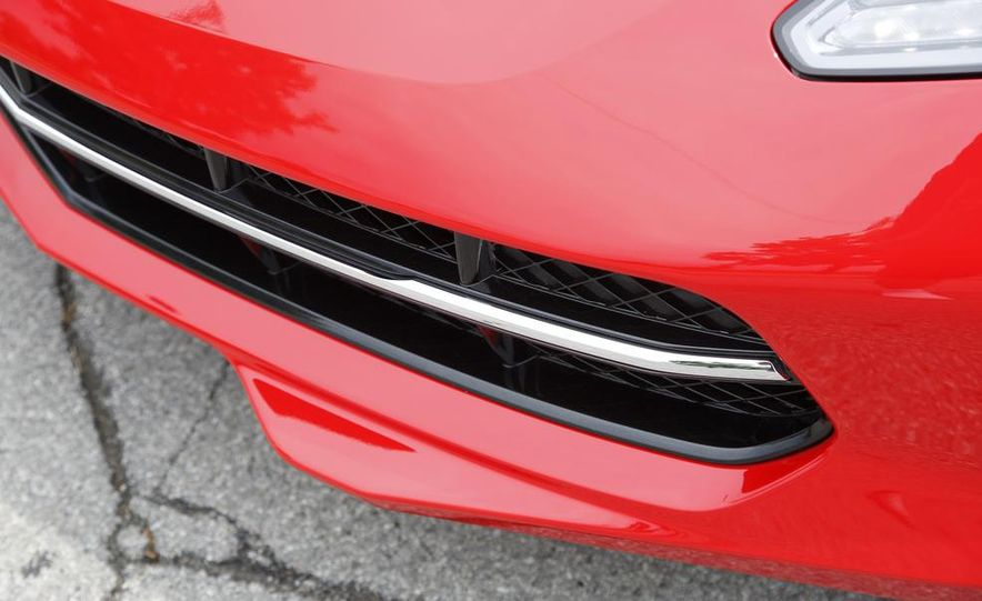 2015 Chevrolet Corvette Stingray Pacific edition coupe - Slide 12