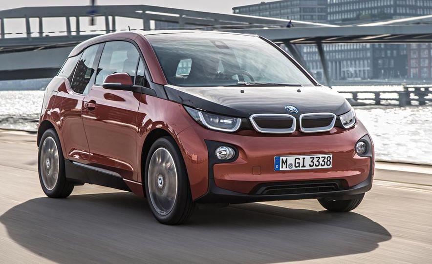 2014 BMW i3 Giga World - Slide 1