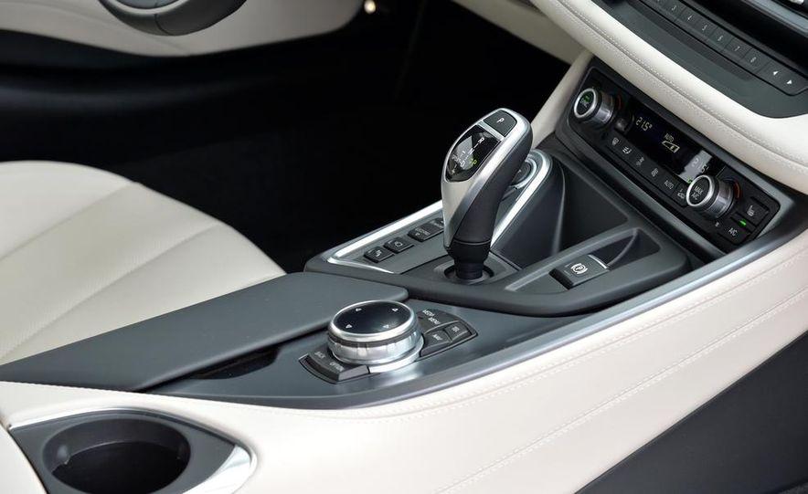2015 BMW i8 - Slide 58
